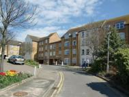 Apartment to rent in Homefern House Cobbs...