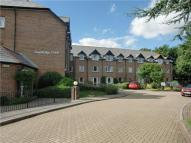 Apartment to rent in Swanbridge Court London...