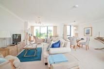 2 bed Apartment in Orchard Place...