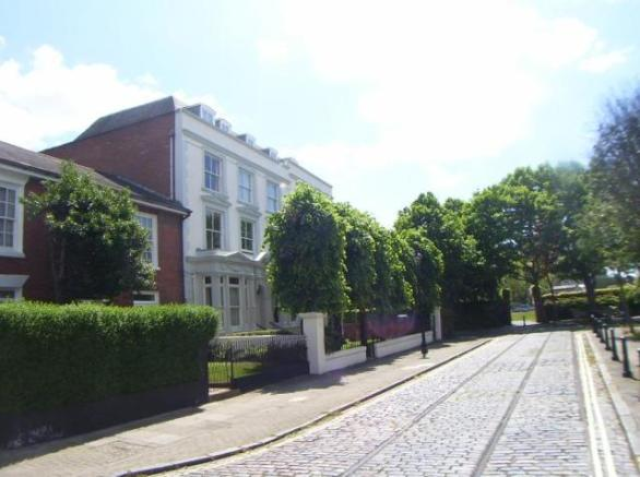 Charles Dickens Court