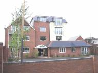 2 bed Flat in Crowthorne