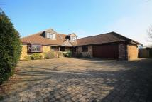 4 bedroom Detached house for sale in London Road, Ruscombe...