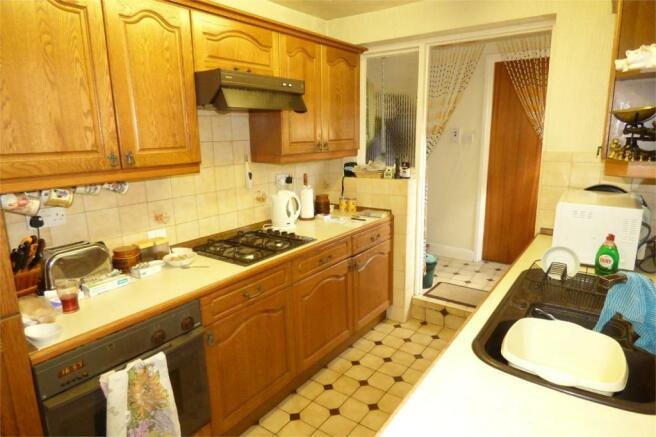 41 - Kitchen