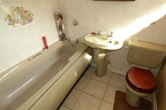 41 - Bathroom
