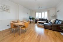 2 bed Flat in Prices Court, Battersea...