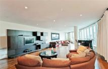 3 bedroom Flat to rent in Hamilton House...