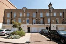 4 bedroom house in Lindsay Square, Pimlico...