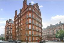3 bed Flat in Albert Hall Mansions...