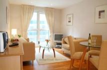 Flat in Pepys Street, Tower Hill