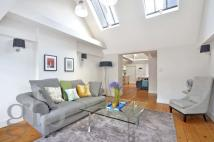 Town House to rent in Tavistock Street...
