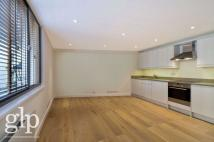 2 bed Flat to rent in Shelton Street...