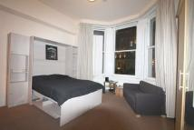 Studio flat to rent in Beaufort Gardens...