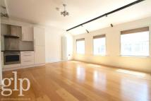 1 bedroom Flat to rent in Beak Street, Soho, W1