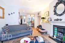 2 bedroom Flat to rent in Mercer Street...