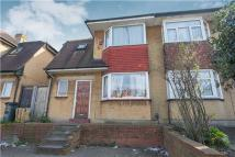2 bed Flat for sale in Greyhound Lane, LONDON...