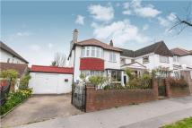 3 bedroom Detached house in Norbury Hill, LONDON...