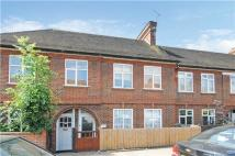 3 bedroom Maisonette in Southcroft Road, SW16