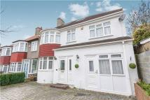 5 bed semi detached property for sale in Covington Gardens...