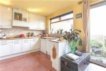 2 bed Flat in Valleyfield Road, LONDON...