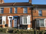 Terraced home to rent in Goldcroft, YEOVIL