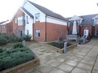 Flat to rent in Alcester Place...