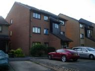 Studio flat in Pycroft Way, Edmonton