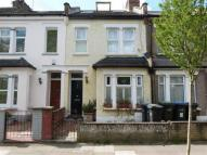4 bed house in Sweet Briars Walk