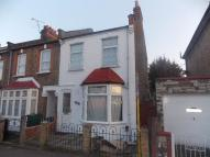 3 bed End of Terrace house for sale in KIMBERLEY ROAD...