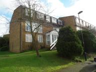 Ground Flat in Crofton Way, Enfield