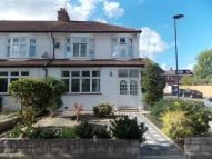 3 bedroom End of Terrace house in Sittingbourne Ave...