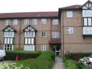 1 bed Ground Flat to rent in Chadview Court...