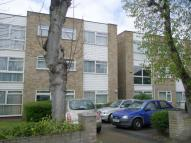Ground Flat to rent in Goodmayes Lane, Ilford...