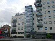 2 bedroom Apartment for sale in HIGH ROAD, Romford, RM6