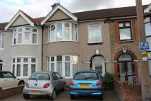 Terraced house in UPMINSTER ROAD SOUTH...