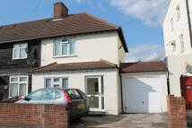 3 bedroom End of Terrace property to rent in Green Lane, Dagenham...