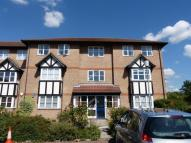 Flat in Chadview Court, Romford...