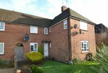 2 bed Ground Flat in Roundwood Road, AMERSHAM
