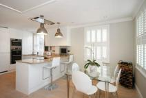 Flat for sale in High Street, OLD AMERSHAM