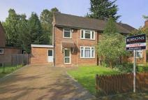 4 bedroom semi detached house in North Approach, Moor Park