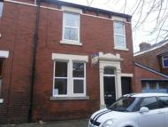 Terraced property to rent in Lowndes Street    Preston