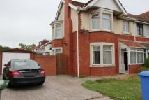 semi detached house in Chester Avenue   ...