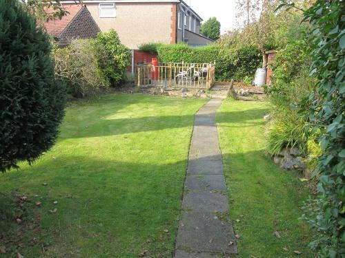 379_838 Blackpool Rd Garden 1.JPG