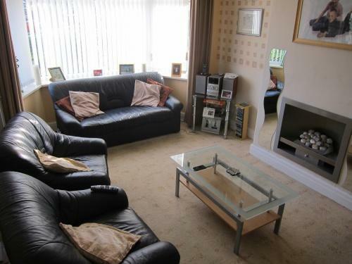379_838 Blackpool Road Lounge.JPG