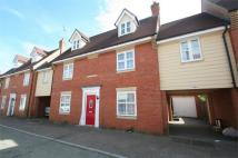 5 bed Terraced property in Hatcher Crescent...