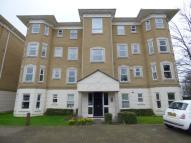 2 bedroom Flat to rent in Penners Gardens, Surbiton