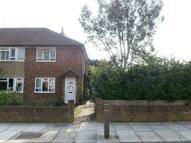 Maisonette to rent in Shrewsbury Close...