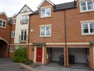 3 bed Town House in New Orhard Place...