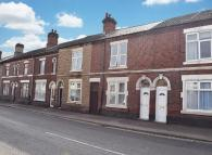 1 bedroom Character Property in London Road...