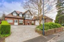 4 bedroom Detached house to rent in Pastures Hill...