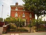 2 bedroom Flat to rent in Peel House...